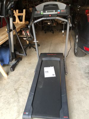 New weslo 5.9i treadmill for Sale in Columbus, OH