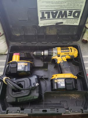 14 volt dewalt drill with 2 batteries $70 for Sale in Fresno, CA