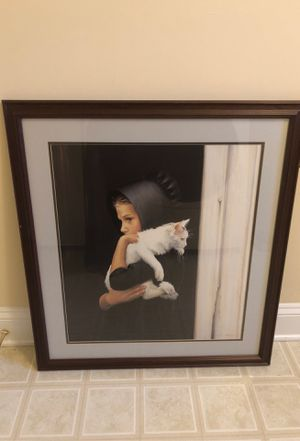 Large frame and photo of an Amish girl with a cat for Sale in Garnet Valley, PA
