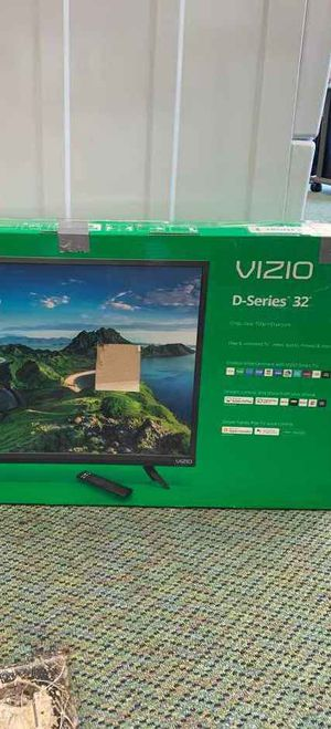Vizio TV 32 inches!! Brand new with warranty 7 4O for Sale in Houston, TX
