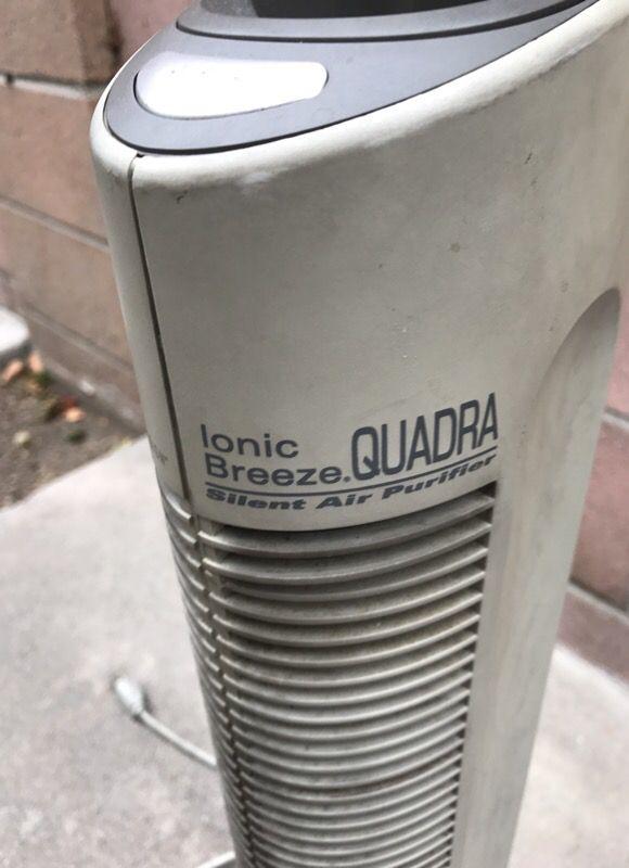 Ionic breeze quadra air purifier