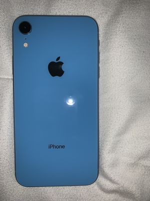 iPhone XR 64gb for Sale in Riverside, CA