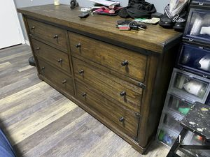 Dresser and night stands for Sale in Fort Lauderdale, FL