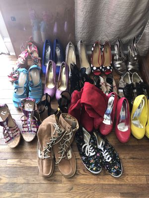 Different brand of women shoes and hills 10-25$ size 8 for Sale in Winston-Salem, NC