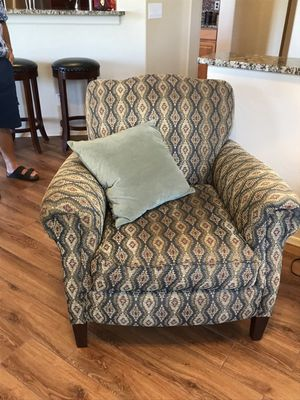 Upholstered Chair for Sale in Apache Junction, AZ