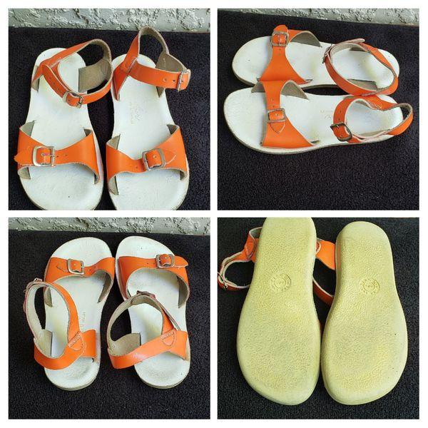 Sunsans sandals toddler size 13 !!
