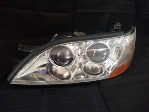 1996 lexus es300 left and right headlights assembly for Sale in Goodyear, AZ