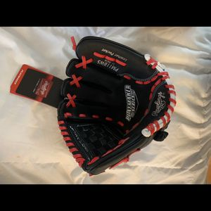 Rawlings Playmaker glove For Sale BRAND NEW for Sale in Beachwood, NJ