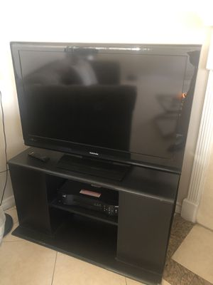 Toshiba 40 inch TV With Remote. for Sale in Carrollton, TX