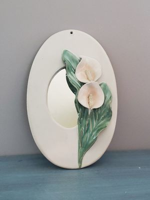 Vintage Pottery Calla Lilly Mirror for Sale in Glenwood, IA