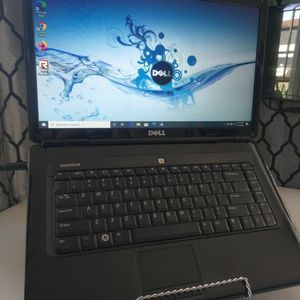 "Clean - Beautiful Screen Dell Notebook, 15.4"" Widescreen, New Battery, Win 10. Pro 2020 for Sale in Los Angeles, CA"