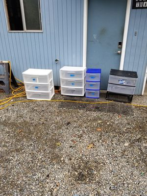 Plastic drawers for Sale in Puyallup, WA