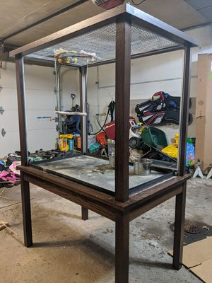 Acrylic bird parrot cage for Sale in UPPR Saint CLAIR, PA