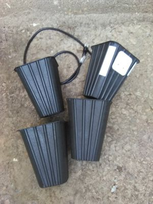 Hydroponic equipment 4 pots 2 lights for Sale in Atlanta, GA