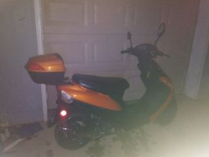Scooter new ask $800 obo for Sale in Knoxville, TN