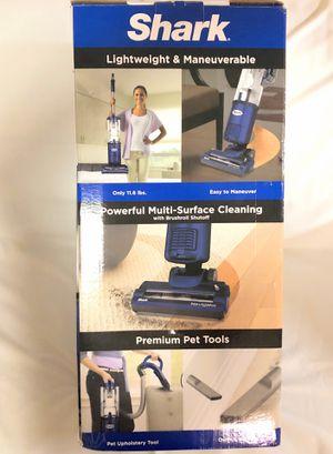Shark NV105 Navigator Light Upright Vacuum Cleaner for Sale in Riverdale, GA