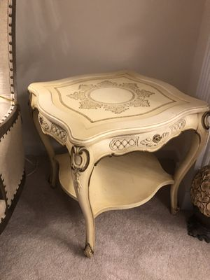 """""""SET OF TWO """"Beautiful Hand carved wood side table french style VERY ANTIQUE for Sale in Gainesville, VA"""