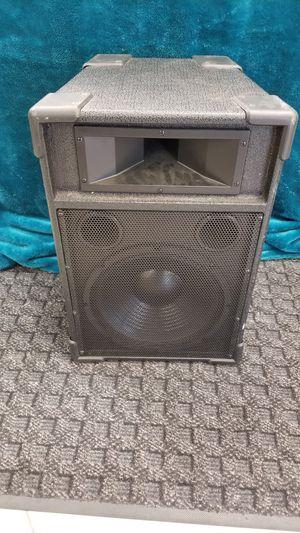 Podium pro audio speaker studio series for Sale in Oakland Park, FL
