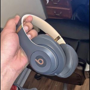Beats Studio 3 Wireless Headphones Brand New for Sale in Phoenix, AZ