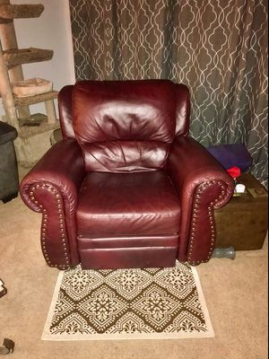 Real leather recliner for Sale in Sacramento, CA
