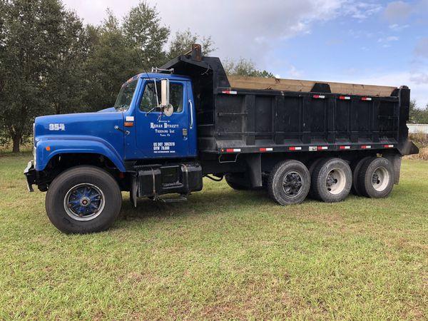 1998 International Dump Truck