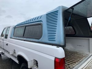 Truck bed top / Camper for Sale in Lakewood, WA