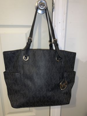 Black Michael Kors Tote bag for Sale in Nashua, NH