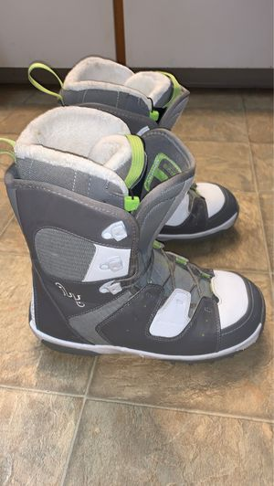 Salomon Ivy Womens snowboard boots size 9 for Sale in Lakewood, CO