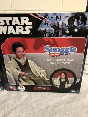 New Star Wars Snuggie kids Yoda for Sale in Huntersville, NC