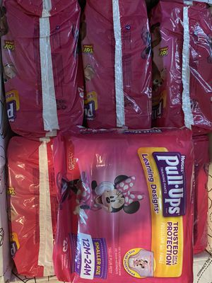 150 pull up diapers huggies for Sale in Los Angeles, CA