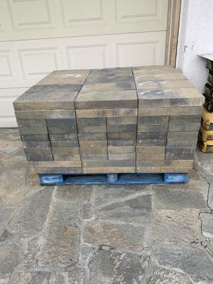 Pavers For Sale 4 Pallets 650sqft for Sale in Lake Forest, CA