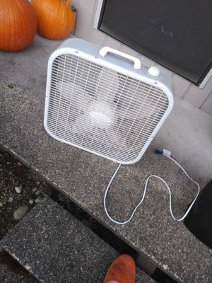 Fan for Sale in Auburn, WA