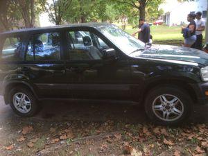 Honda CRV 2000 automatica tiene 220 mil millas for Sale in Alexandria, VA