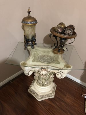 Antique Side Table for Sale in Houston, TX