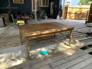 Dining room table for Sale in Tampa, FL