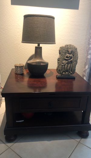 Solid wood coffee table / side table price dropped to 50 dollars for Sale in Glendale, AZ