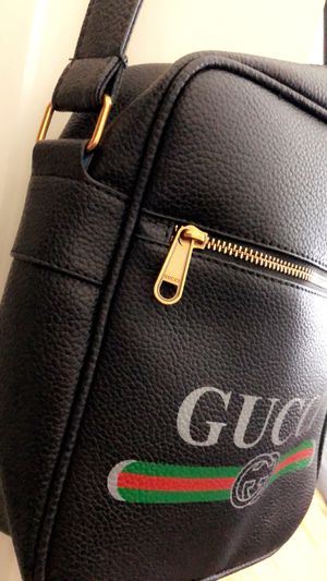 Men's Authentic Messenger Bag for Sale in Baltimore, MD