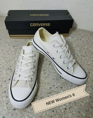NEW Converse All Star Women's 6 for Sale in Moreno Valley, CA