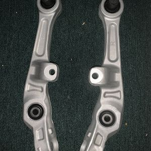 Lower Control Arm For Infiniti G35 Coupe/sedan for Sale in Fort Washington, MD