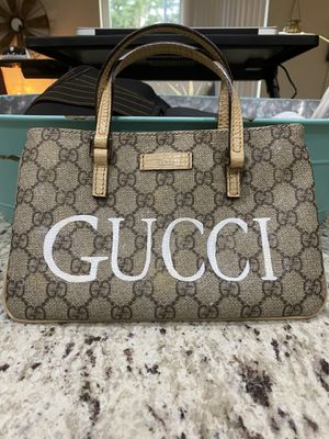 Gucci Mini bag for Sale in Happy Valley, OR