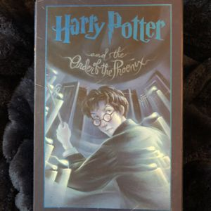 SIGNED Harry Potter Book Order Of Phoenix for Sale in New Orleans, LA
