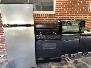 Whirlpool fridge gas stove dishwasher microwave for Sale in Cumberland, VA