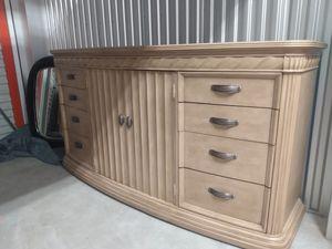 Bernhardt Bedroom Set King, Granite Tops, Lamps included for Sale in Parker, CO