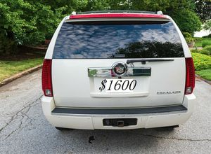 🤝Urgent🍀 Sale I sell my Suv 2008 Cadillac🍀$1.600🙏 for Sale in Knoxville, TN
