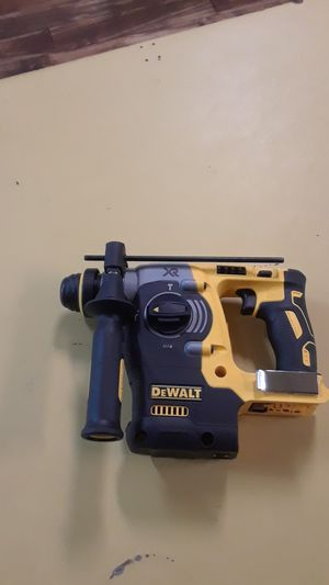 "I have a brand new hammer drill DeWalt brushless motor 20 v DCH273 1 "" 26 mm for Sale in Seattle, WA"