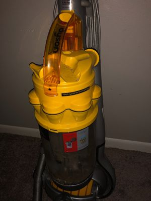 Dyson DC 15 the ball vacuum for Sale in Columbus, OH