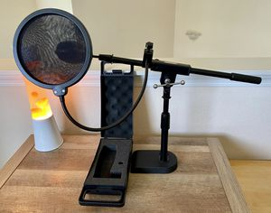 Behringer C-1 Condenser Studio-Professional microphone with Stand & Pop-Up filter! for Sale in Orlando, FL