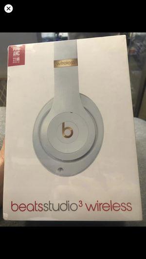 Beats studios 3 wireless for Sale in Detroit, MI