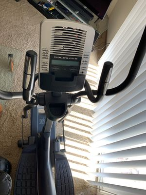 Gold's Gym Elliptical for Sale in Lincoln, NE