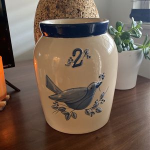 Flower Bird vase Blue No 2 for Sale in La Mirada, CA